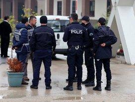 Bursa merkezli 4 ilde FETÖ operasyonu: 30 gözaltı