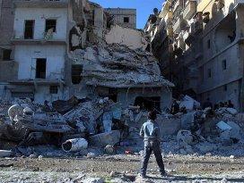 Rus jetleri Halepi vurdu: 10 sivil öldü