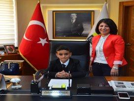 Ereğli'de başkanlık makamına Ahmet Tosun oturdu