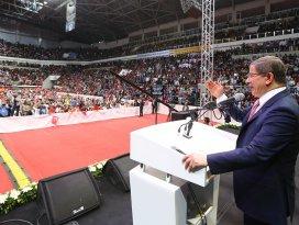 Başbakan Davutoğlu Konyada müjdeyi verdi