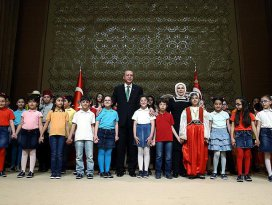 Erdoğan: Biz çocuklarımıza güveniyoruz