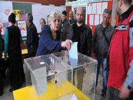 Sırbistanda oy kullanma işlemi sona erdi