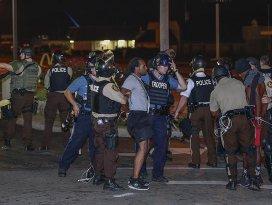 ABD'de polisin siyahilere yönelik şiddeti sürüyor