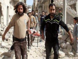 Rus jetleri Halepe saldırdı: 18 ölü