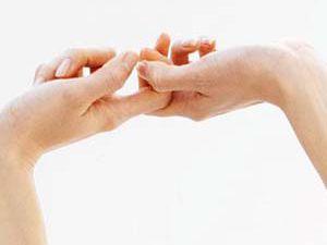 Parmak çıtlatmak zararlı