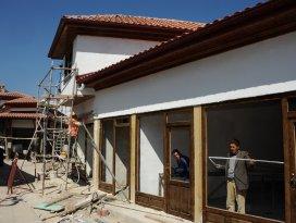 Akşehir Arasta Çarşısı'nda tarihi dönüşüm