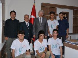 TÜBİTAK proje yarışması bölge birincileri Gürsoy'u ziyaret etti