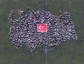 Çocuklarla Türkiye haritası oluşturuldu
