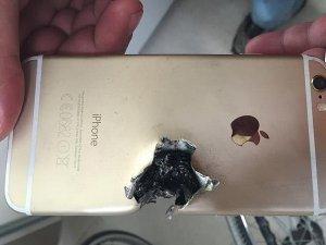 Uzman çavuşu kurşundan cep telefonu korudu