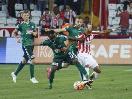 Konyasporun serisi Antalyada bitti