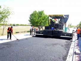 Meram'da asfalt kaplama çalışmaları sürüyor