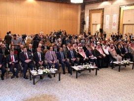 Konya'da 2. Uluslararası Helal Turizm Konferansı başladı