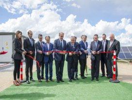 Türkiyenin en büyük güneş santrali açıldı