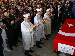 Şehit polis Şara son yolculuğuna uğurlandı