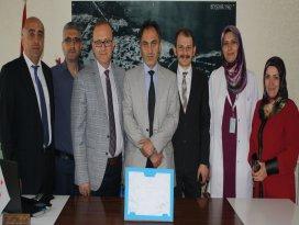 Beyşehir Devlet Hastanesine 2015in en başarılı hastanesi ödülü