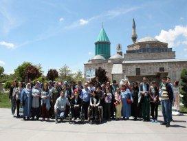 Eyüp Belediyesinden özel öğrencilere Konya gezisi