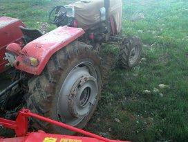 Konyada traktörün altında kalan çiftçi öldü