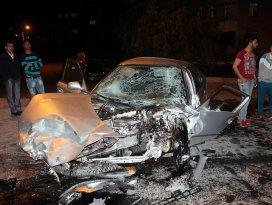 Konyada üç araç birbirine girdi: 2 yaralı