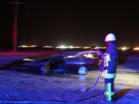 Karapınarda otomobil yangını