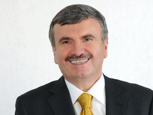 Belediye birliklerinde Tahir Akyürek yeniden başkan