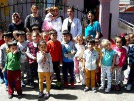 Anaokulu öğrencilerinden rehabilitasyon merkezlerine ziyaret