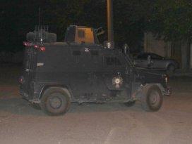 Diyarbakır'da silahlı çatışma: 1 polis yaralı