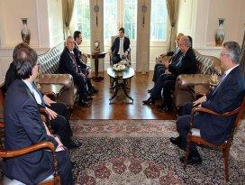 Davutoğlu sivil toplum kuruluşu temsilcilerini kabul etti