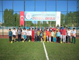 Beyşehir Belediyespor futbol okulu açıldı