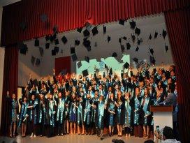 NEÜ Mühendislik ve Mimarlık Fakültesi ilk mezunlarını verdi