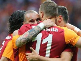 Galatasaray 6 tane attı ama..