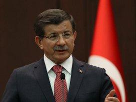 Davutoğlu Berat Kandilini Twitterdan kutladı
