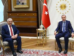 Erdoğan hükümeti kurma görevini Yıldırıma verdi