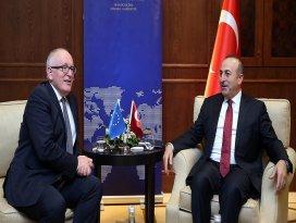 Dışişleri Bakanı Çavuşoğlu, Timmermans ile görüştü