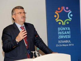 Başkan Akyürek BM İnsani Zirvesi'nde konuştu