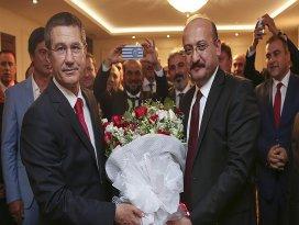 Canikli görevi Akdoğandan devraldı