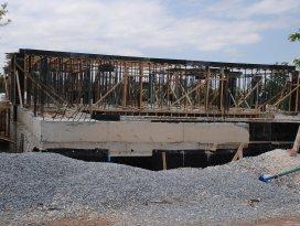 Sarayönü Şehir Konağı inşaatı devam ediyor