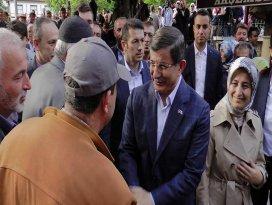 Eski Başbakan Davutoğlu Boluda