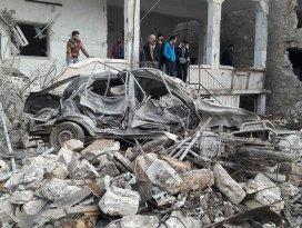 Rus uçakları İdlibde sivilleri hedef aldı: 23 ölü, 35 yaralı