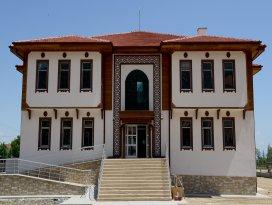 Akşehir ve Ilgın'a Şehir Konağı