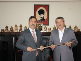 Konya heyetinden Ahlat Belediyesi'ne ziyaret
