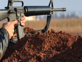 Suriyede PYD ve rejim güçlerinin saldırısında 7 sivil öldü