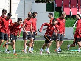 Galatasaray Futbol Takımı, Uhrencupa katılacak