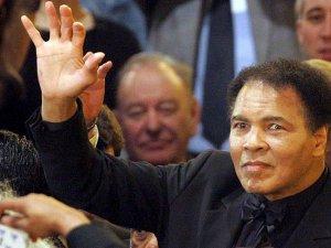 Boksör Muhammed Ali hayatını kaybetti