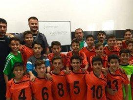 Konyaspor U13 takımı yenilgisiz şampiyon oldu