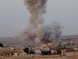 Esed rejimi ve Rusya Halepte sivilleri bombaladı: 18 ölü