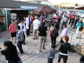 Tuz gölü tesis sahipleri ile yerli turistler arasında kavga