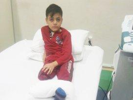 Suriyeli Ahmet hayırseverlerden yardım bekliyor