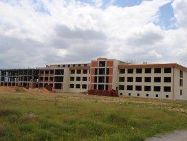 Sarayönü İmam Hatip Külliyesi inşaatı devam ediyor