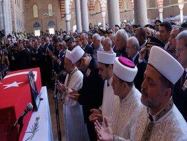 Şehit polis Özsoy son yolculuğuna uğurlandı