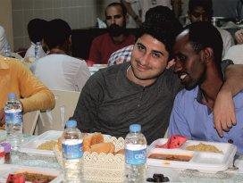 Konyada yabancı öğrencilere iftar